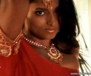 Girl From Exotic India 7 min..