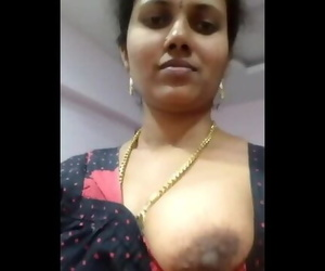 Indian Aunty Fat Knockers Show