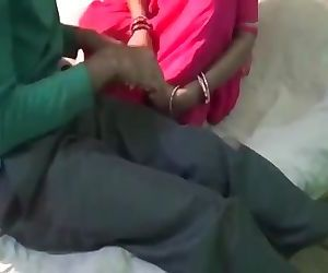 Indian Maid fucked by driver..